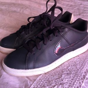 Nike Court Royals
